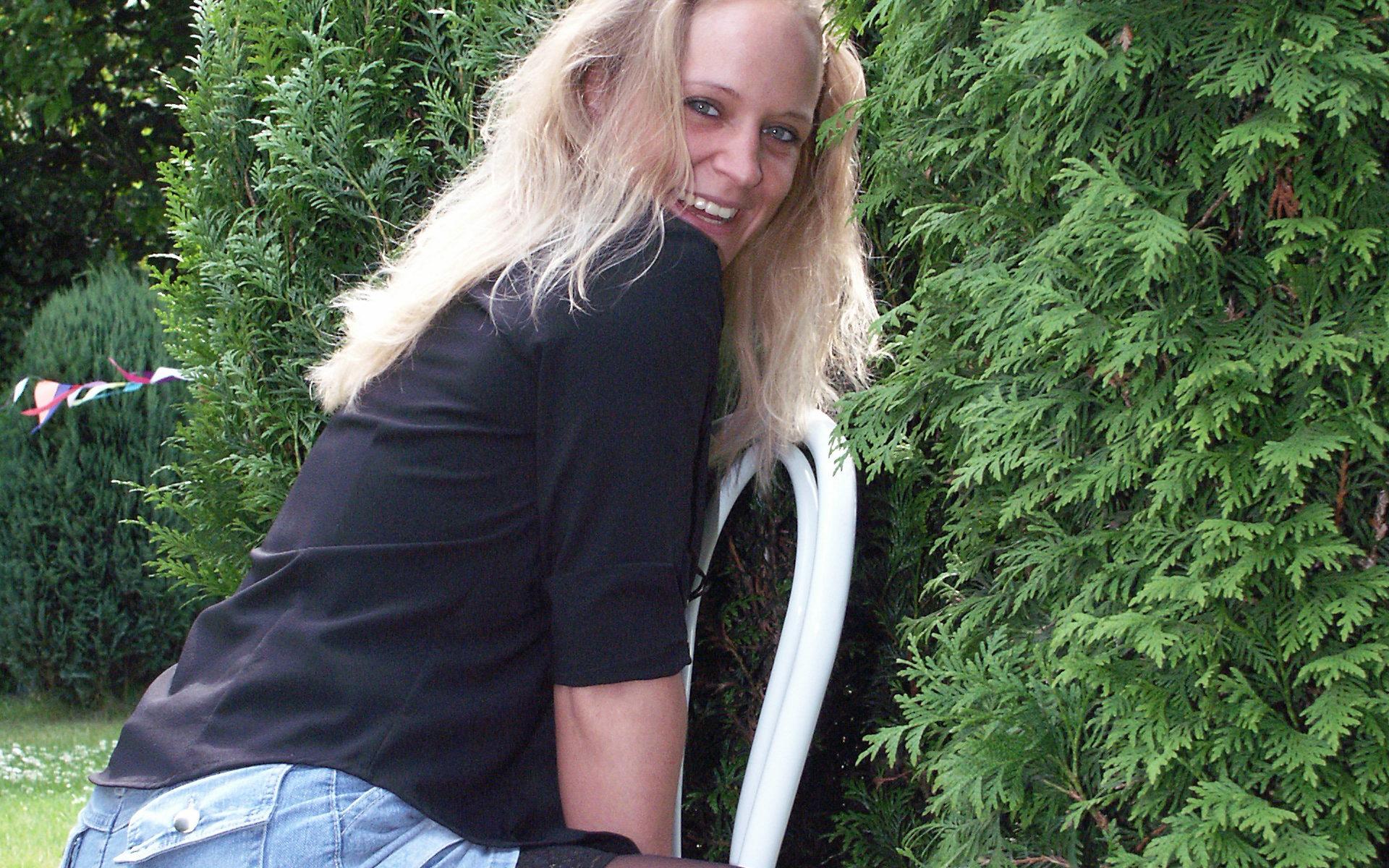 Sie sucht Dreier mit Paar
